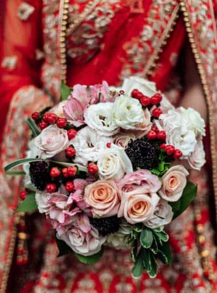 bridal bouquets at 26 Bridge